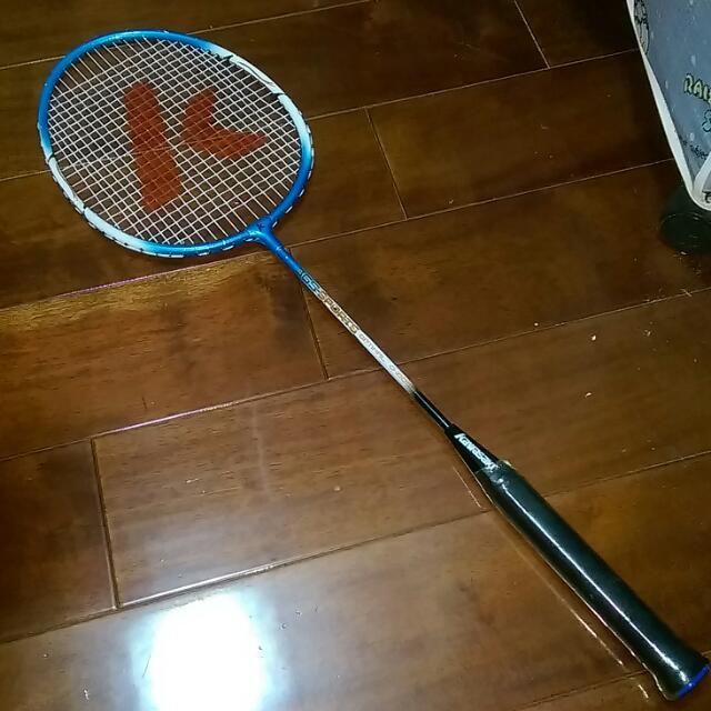 搬家出清 Kawasaki羽球拍 9成新