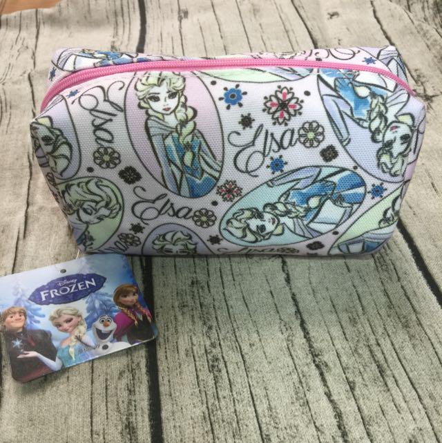 迪士尼授權商品—冰雪奇緣Elsa筆袋,化妝包,萬用包