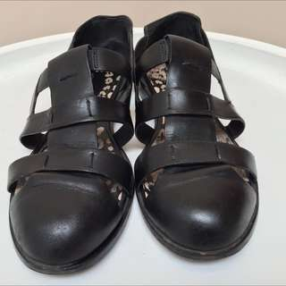 Gorman Black Leather Sandals - Size 40
