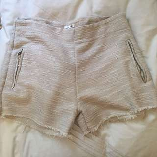 Gold/cream Shorts
