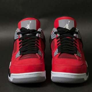 Jordan 4代紅牛US10.5 11