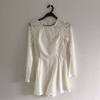 Mia - Off-white Lace Playsuit