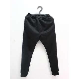 黑色拉鍊縮口棉褲