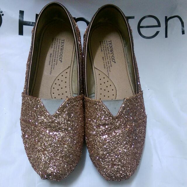 金色亮片鞋200