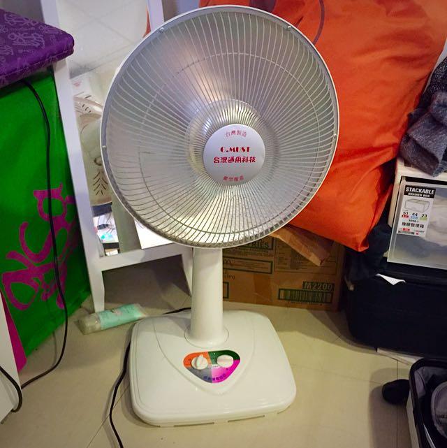 鹵素燈電暖器