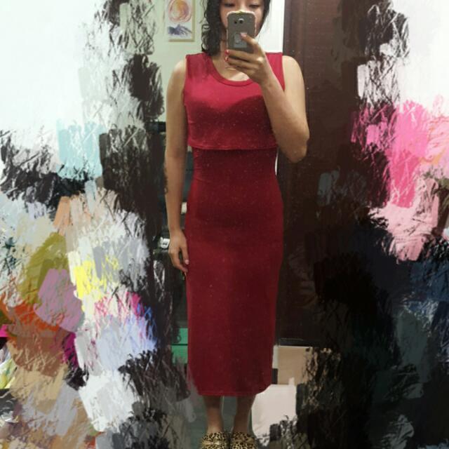 無袖小露腰開叉紅長洋裝