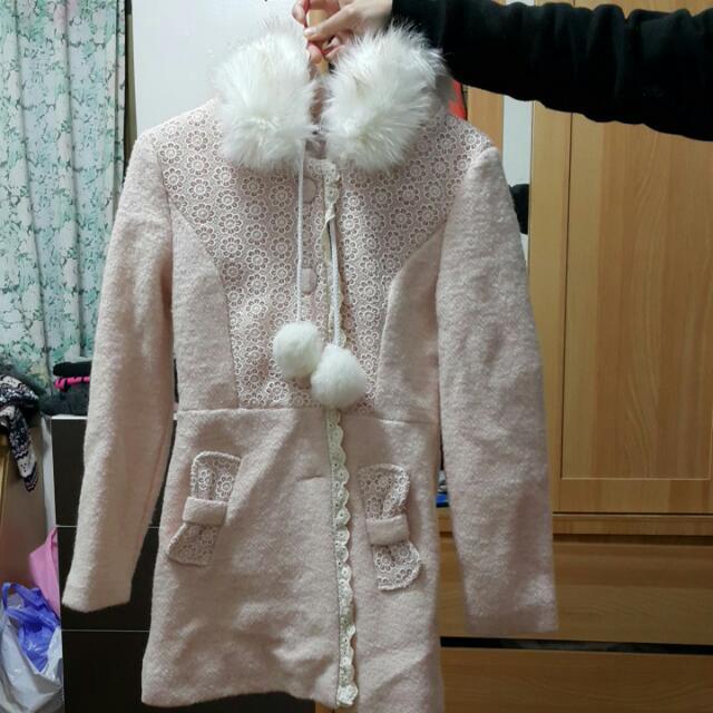 粉色 大衣