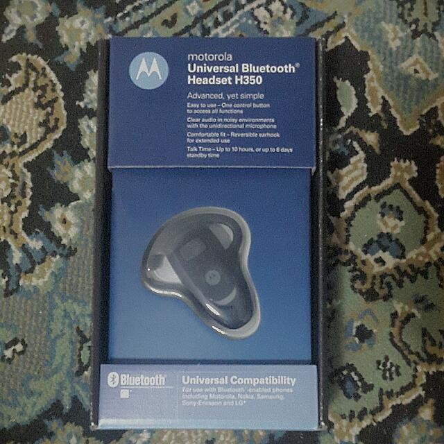 526d332e965 Motorola H350 Bluetooth Headset, Electronics on Carousell