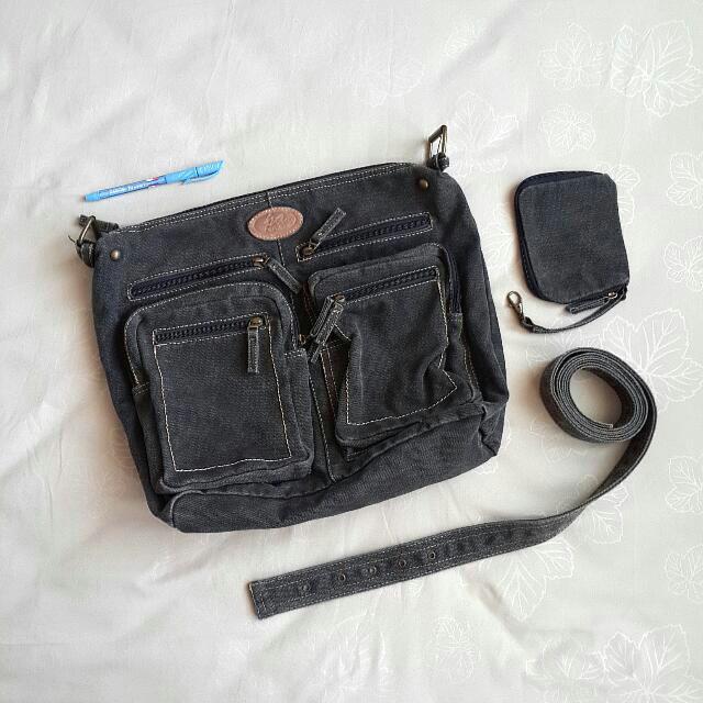 ⬇REDUCED! Padini Authentics Dark Gray Messenger Bag b3514b96b1d3a