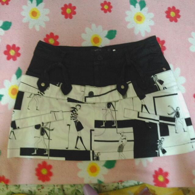 時尚黑白色系短裙S