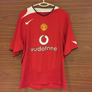 Manchester United 04/05 Home Shirt