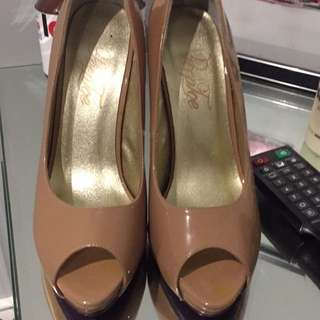 Peeptoe Shoes Size 39 - Worn Once