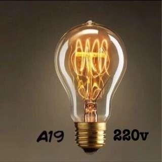 (現貨)220v-A19鎢絲燈泡