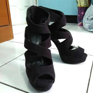 Pre Loved Charles And Keith Shoes