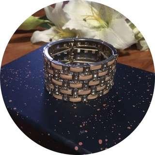 Gorgeous Fashion Statement Bracelet