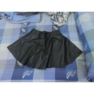 皮裙 內有安全褲設計 二手