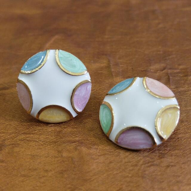 #7 Earring from the '60s