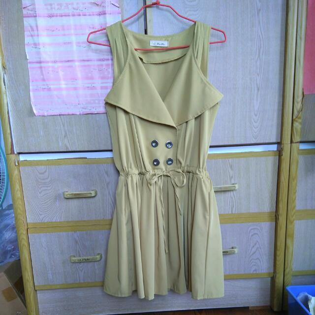 芥黃色洋裝