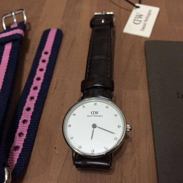 DW 女款手錶 Classy York 26mm 銀邊