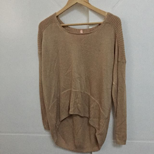 Loose Fit Beige Knit Size 10