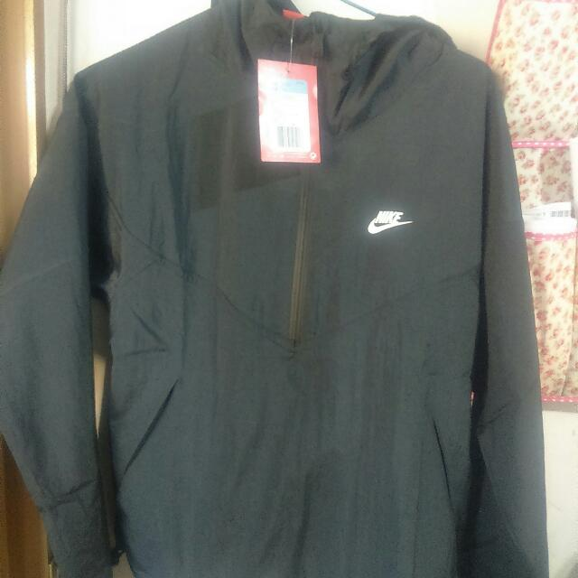 Nike 防水衣  全新   含運