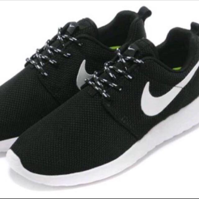 (二手)Nike Rosh run(保留中)
