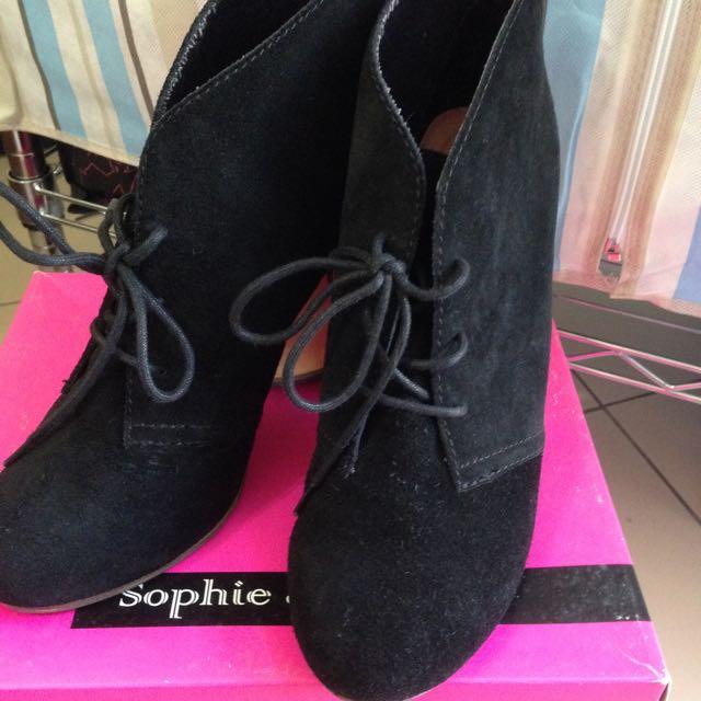 Sophie & Sam 黑色高跟鞋 (全新未穿)