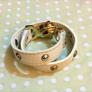 卯釘皮手環☝🏼️