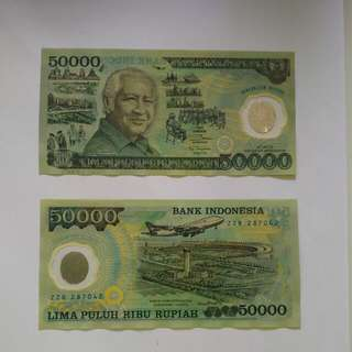 2×Plastic Notes/currency for collection