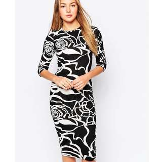 Midi Dress in Mono Rose Black and White Print UK 14