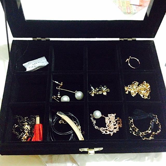 12格 黑色 珠寶盒 飾品盒子 戒指 耳環 手鍊 項鍊
