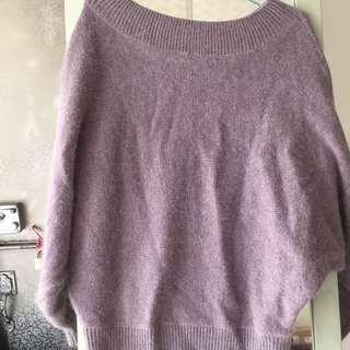 紫芋色兔毛平肩式毛衣