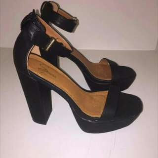 The ICONIC HEELS - Spurr