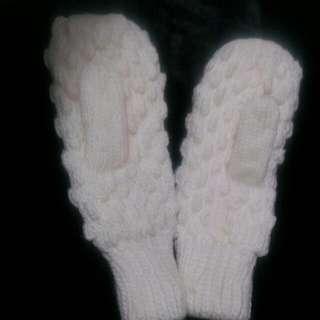 全新 白色暖暖毛線手套