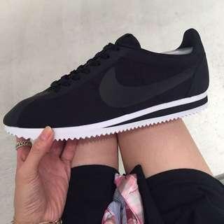Nike 阿甘鞋 慢跑鞋