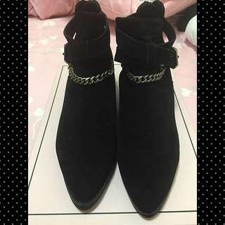 Grace gift鍊帶短靴黑色-40號$1000