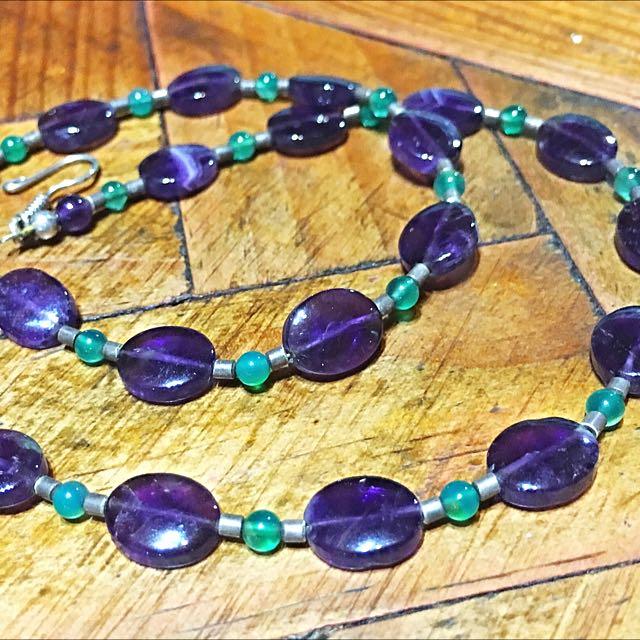 Beautiful Amethyst And Adventurine Choker Necklace.