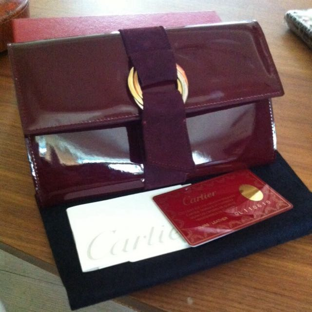 Cartier卡迪亞環圈酒紅色皮夾真品
