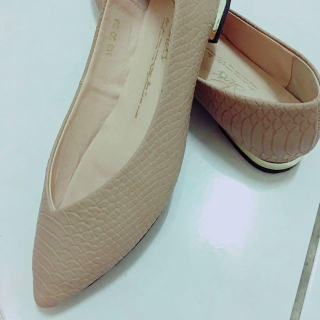D+af 粉裸色 39號 平底鞋