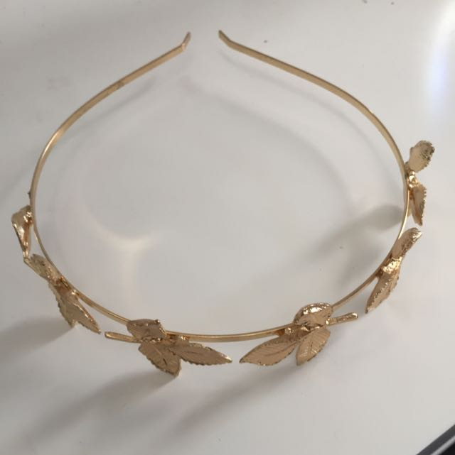 Gold Head Piece