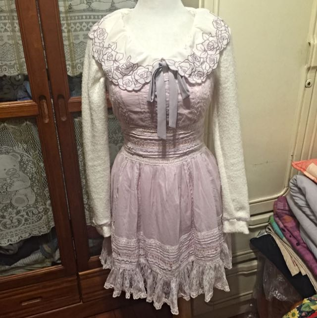 日本品牌Liz Lisa 紫色玫瑰花上衣搭 Snidel 紫色蕾絲洋裝