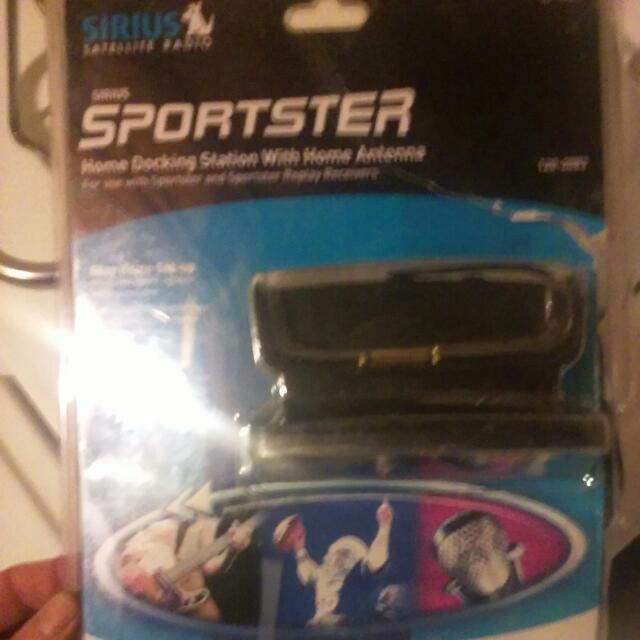 Sirus Sportster Home Docking Station With Antenna.brand New In Box