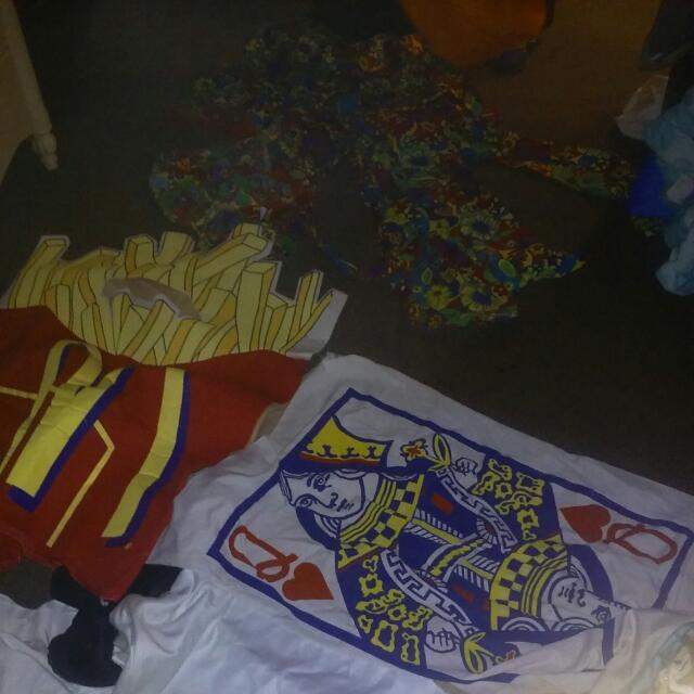 Various Costumes.clown,french Fries.pumpkin,his And Hers Hippie Alphets With Wigs.his And Hers Jail Alphets.check Out All Pics.in Great Condition