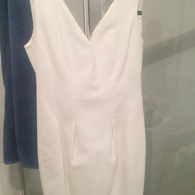 Zara White Dress In Size 8
