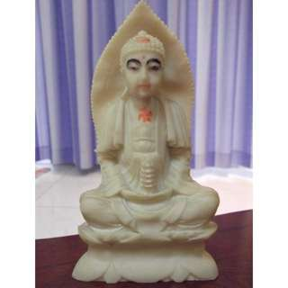 Lovely Antique Medicine Buddha statue with pagoda in hand 17cm