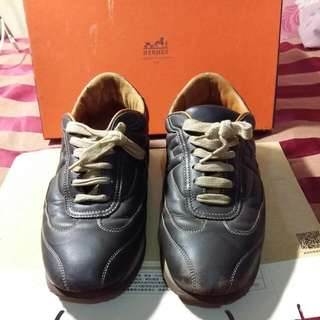 🚚 HERMES 皮質休閒鞋 (6-7成新)