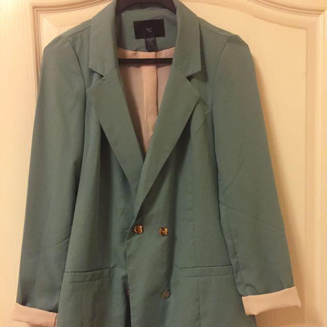 挺版窄西裝外套