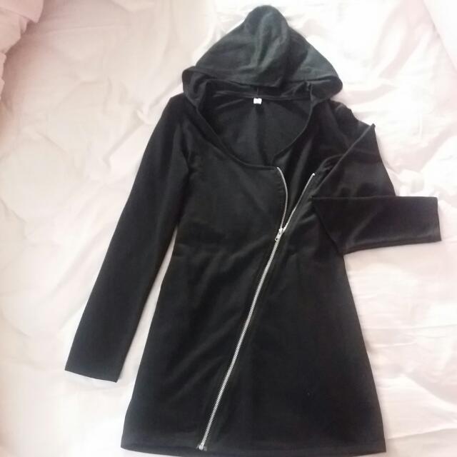 含帽連身兩穿用黑色拉鍊外套洋裝