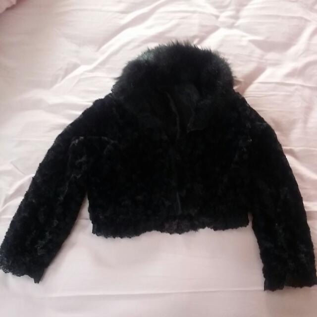 晚宴大方絨質外搭保暖短外套