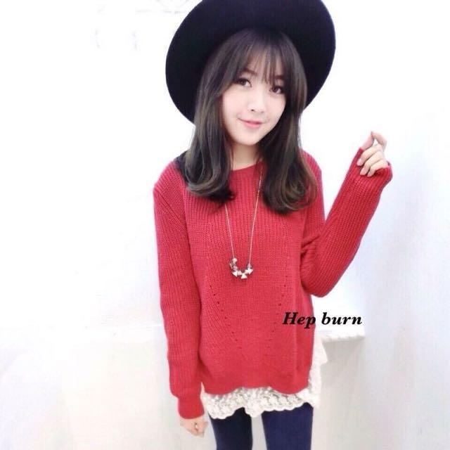全新轉賣 赫本 氣色好紅色拼接蕾絲毛衣